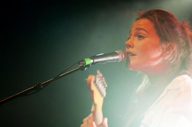 Reporatge photo du concert de Lisa PORTELLI au Nouveau Casino